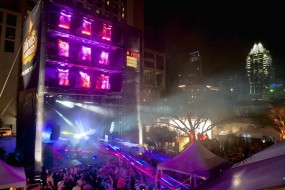 At SXSW music festival, money talk abounds