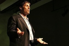 Tony Robbins: Why we do what we do, and how we can do it better community
