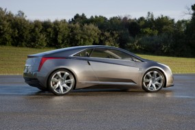 Cadillac ELR Luxury Hybrid GM's Answer To Tesla, Fisker