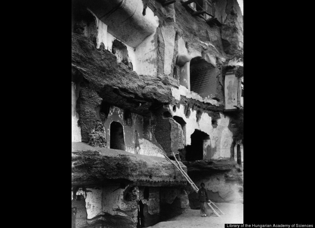 The old crumbling facade of the Caves of the Thousand Buddhas.