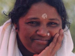 """Diary: Going to see Amma, the Hindu """"Hugging Saint"""""""