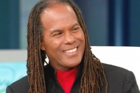 Reverend Michael Beckwith Author and New Thought Minister, Michael Beckwith founded the Agape International Spiritual Center in 1986 in Culver City, California. The center is a transdenominational community, members of which study and practice New Thought Ancient Wisdom.