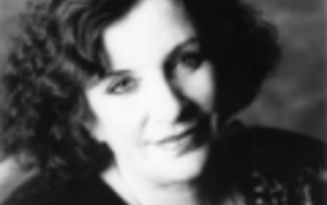 Clarissa Pinkola Estés A Jungian psychoanalyst and post-trauma specialist, Clarissa Pinkola Estés is also a spoken-word artist in poetry, stories and blessings.