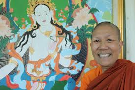 Thailand's female monks (cautiously) lobby for legal recognition