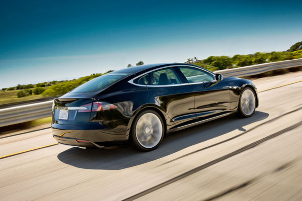 Tesla Model S Wows Them Over At Consumer Reports