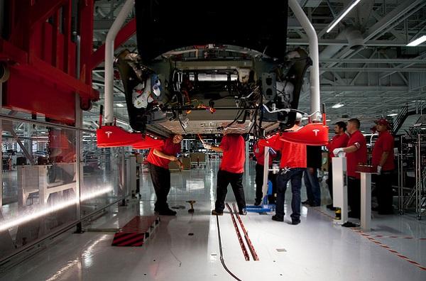 Tesla Repays DOE Loan, Way Early