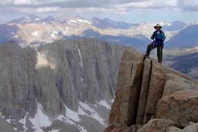 mount-whitney-hiking-pictures-awaken