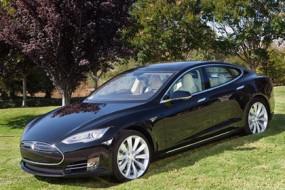 Tesla-model-S-EV-Awaken