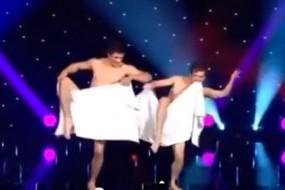 2-Naked-Men-awaken