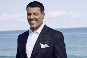 Anthony (Tony) Robbins-Awaken