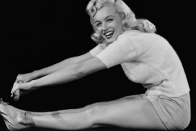 Marilyn-Monroe-awaken