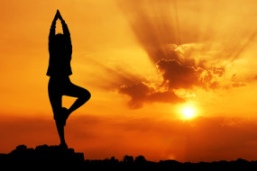 Why-Yoga-is-a-Better-Choice-than-Gym-Awaken
