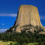 Devils-Tower,-Wyoming-Awaken