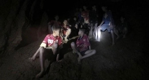 Thai_cave_missing_members-awaken