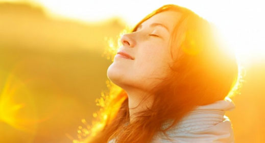 How-to-Easily-Become-a-Happier-Person-awaken