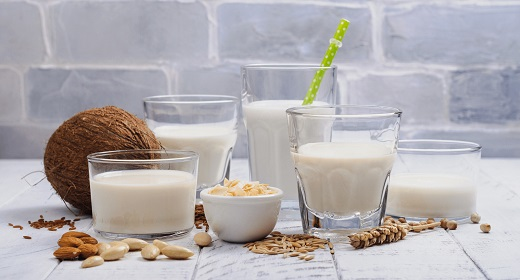 Ditching Dairy? The Lowdown on Non-Dairy Milk — Plus a Look at 10