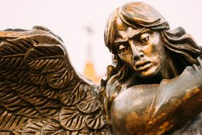 Angel-war-god-Rami-awaken