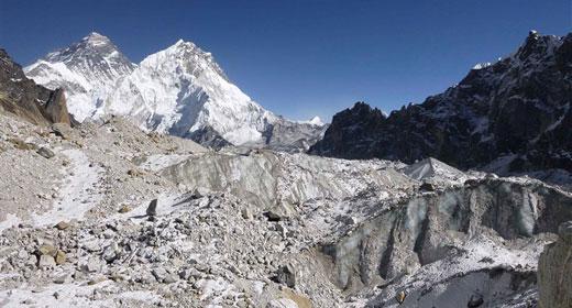 himalayas-glacier-awaken