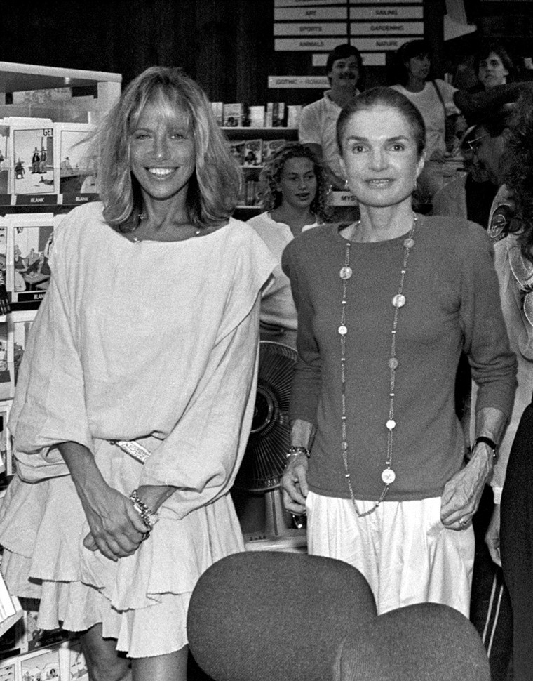 Carly Simon and Jackie Onassis at Bunch of Grapes Bookstore on Martha's Vineyard, Mass on Sept. 2, 1989.