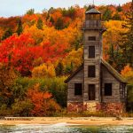 Grand-Island-East-Channel-Light-House,-Michigan,-USA-awaken