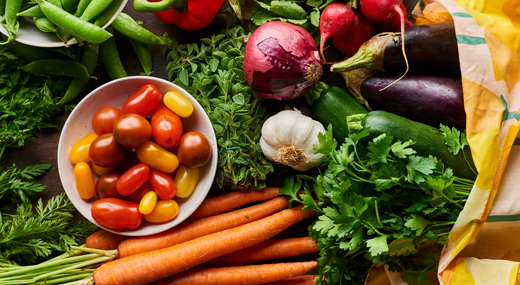 Lifestyle_-_Kitchn_Guide_to_Storing_Produce_and_Vegetables-awaken