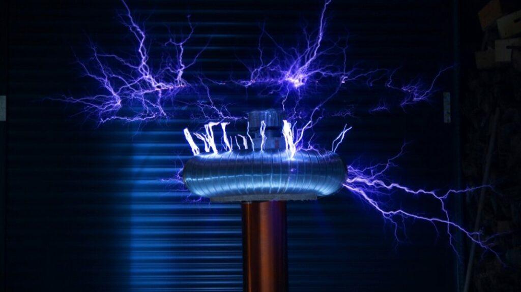 tesla-coil-electricity-awaken