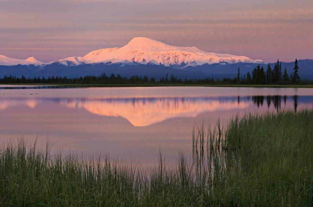 Mount Sanford (Alaska)-awaken