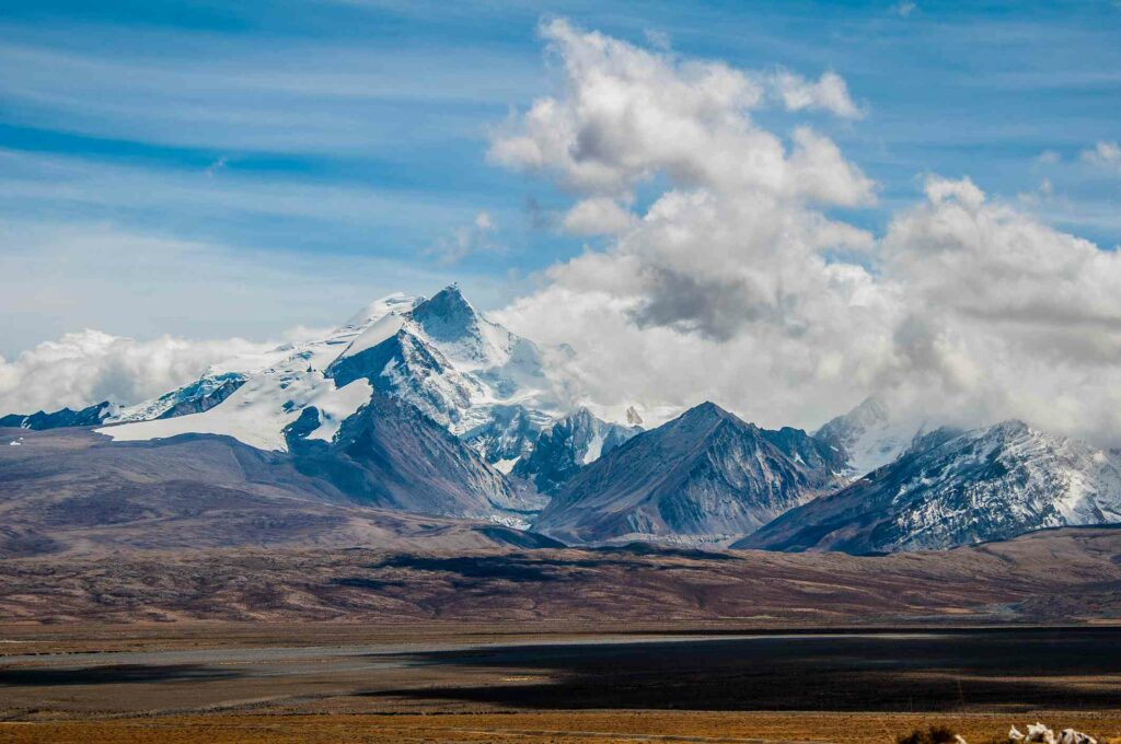 Shishapangma (Tibet)-AWAKEN