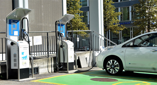 EY-report-says-EVs-will-gain-market-share-much-quicker-than-previously-thought-awaken