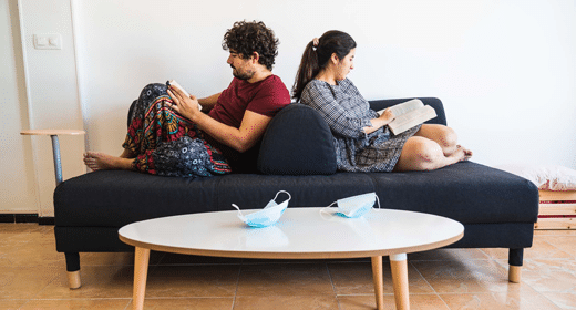 What_Is_Helping_Couples_Get_Through_the_Pandemic-awaken