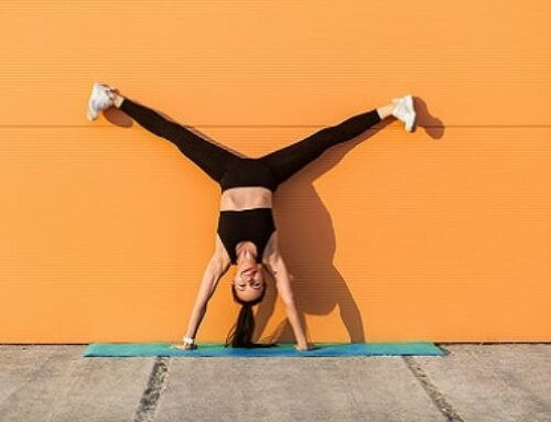 Learn How To Handstand With This 30-Minute Workshop-Style Class